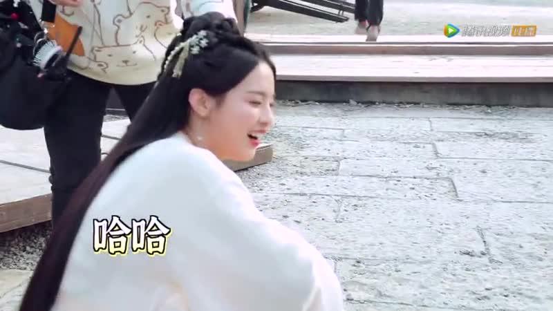 Dance of the PhoenixQie Ting Feng Ming BTS попытка поцеловать героя, чтобы забрать силу демона)