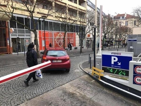 Un individu armé de plusieurs couteaux et menaçant des passants a été interpellé à Nancy