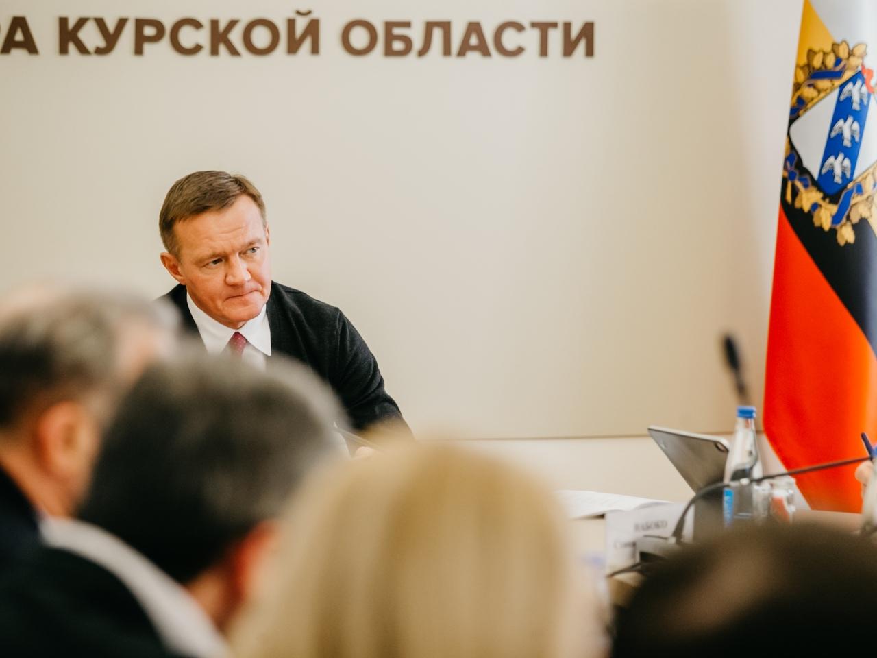 Роман Старовойт объяснил, почему в Курской области нельзя отменить транспортный налог