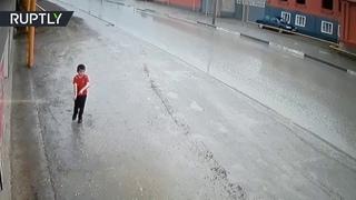 Ребенок за мгновение до смерти))