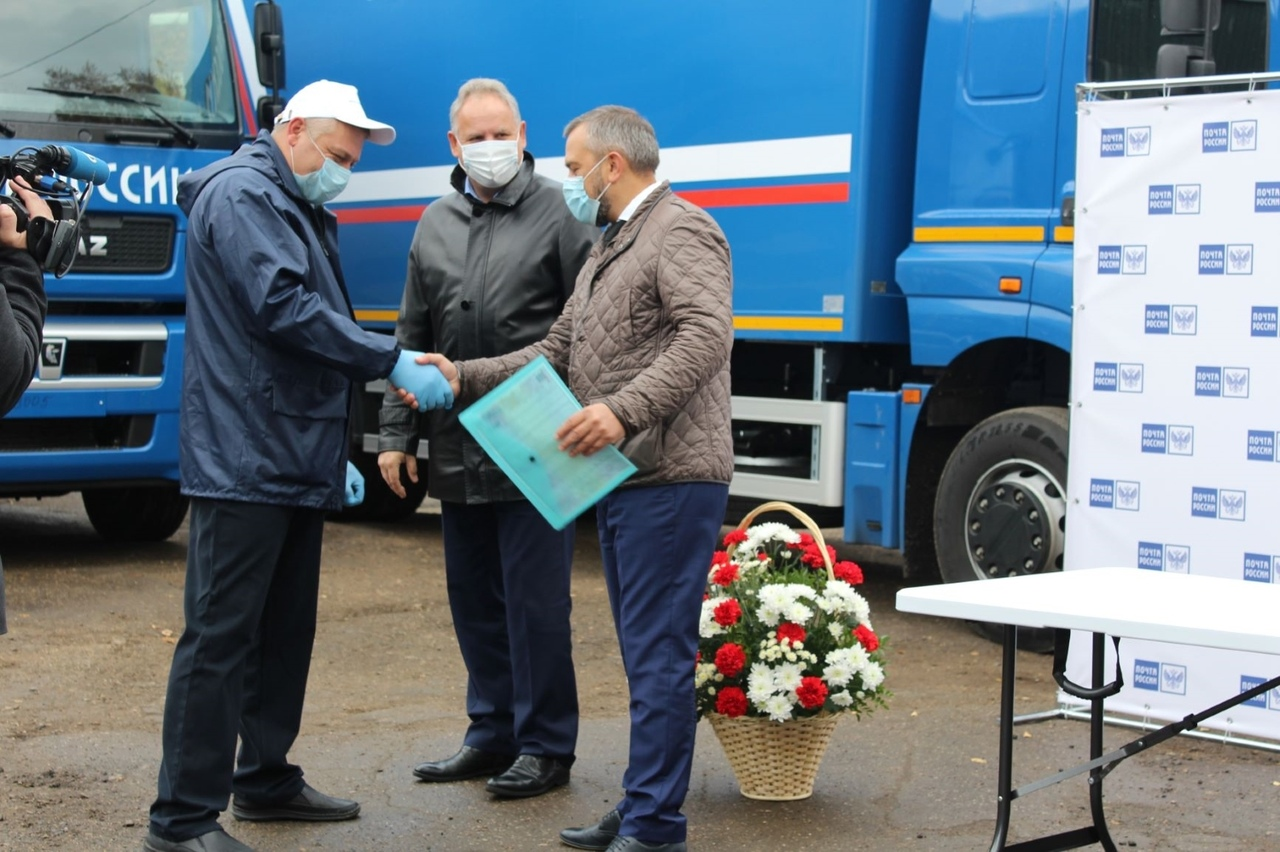 Автопарк Почты России в Саратовской области пополнился 19 новыми автомобилями