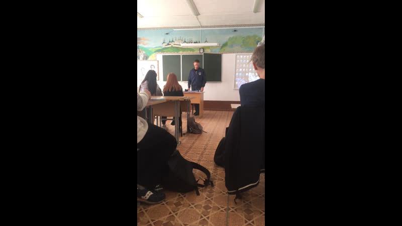 Конференция с Генадием Шалдаевым чемпионом Росси в танковом биатлоне