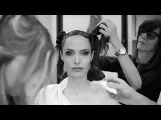 Превращения Анджелины Джоли в Малефисенту