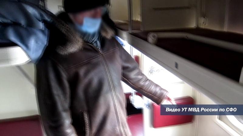 В Барабинске транспортные полицейские раскрыли кражу телефона у возвращающегося домой вахтовика