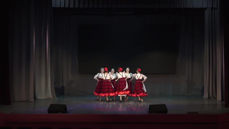 Студия народного танца Ромашка Станичные девчонки