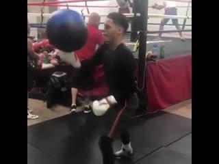 Боксерская тренировка на ловкость и мастерство