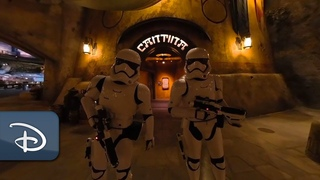 Step Inside Ogas Cantina at Star Wars: Galaxys Edge | 360 Video | Walt Disney World