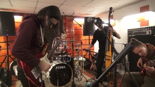 The Grand Astoria Meets The Finest Moscow Sound Explorers (Orange studio jam session)