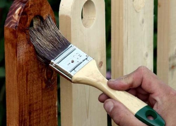 Советы по ремонту деревянного забора после зимы