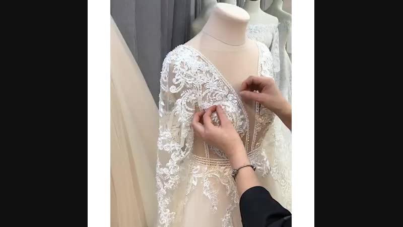 Недавно мы показали вам в сторис немного из процесса создания свадебного платья и получили невероятное количество сообщений ☺️