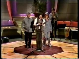 Frida @ Eddie Skoller show Sep 1982 Jeg holder med Kina