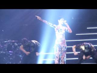 Rihanna - What's My Name? (live on FIFA U-17 Women's World Cup, Crystal Hall, Baku) ()