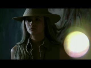 Juliana Paiva mostra figurino descolado de sua personagem Lili