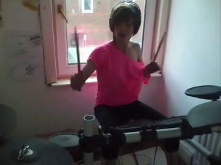 Robbie williams - let me entertain you (drum cover by kayleigh rogerson)