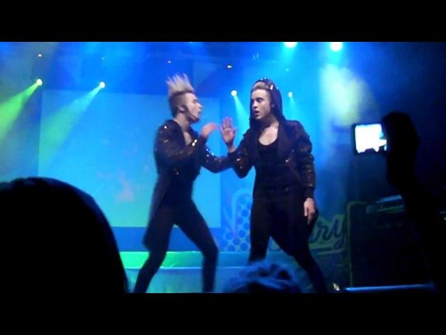 Jedward - Pop Rocket the dancers solo performance @ Rock Cafe, Estonia 29.01.2012