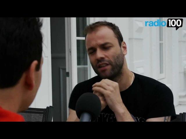 Chris fra Muse interview Radio 100 Ivan Gregersen 1
