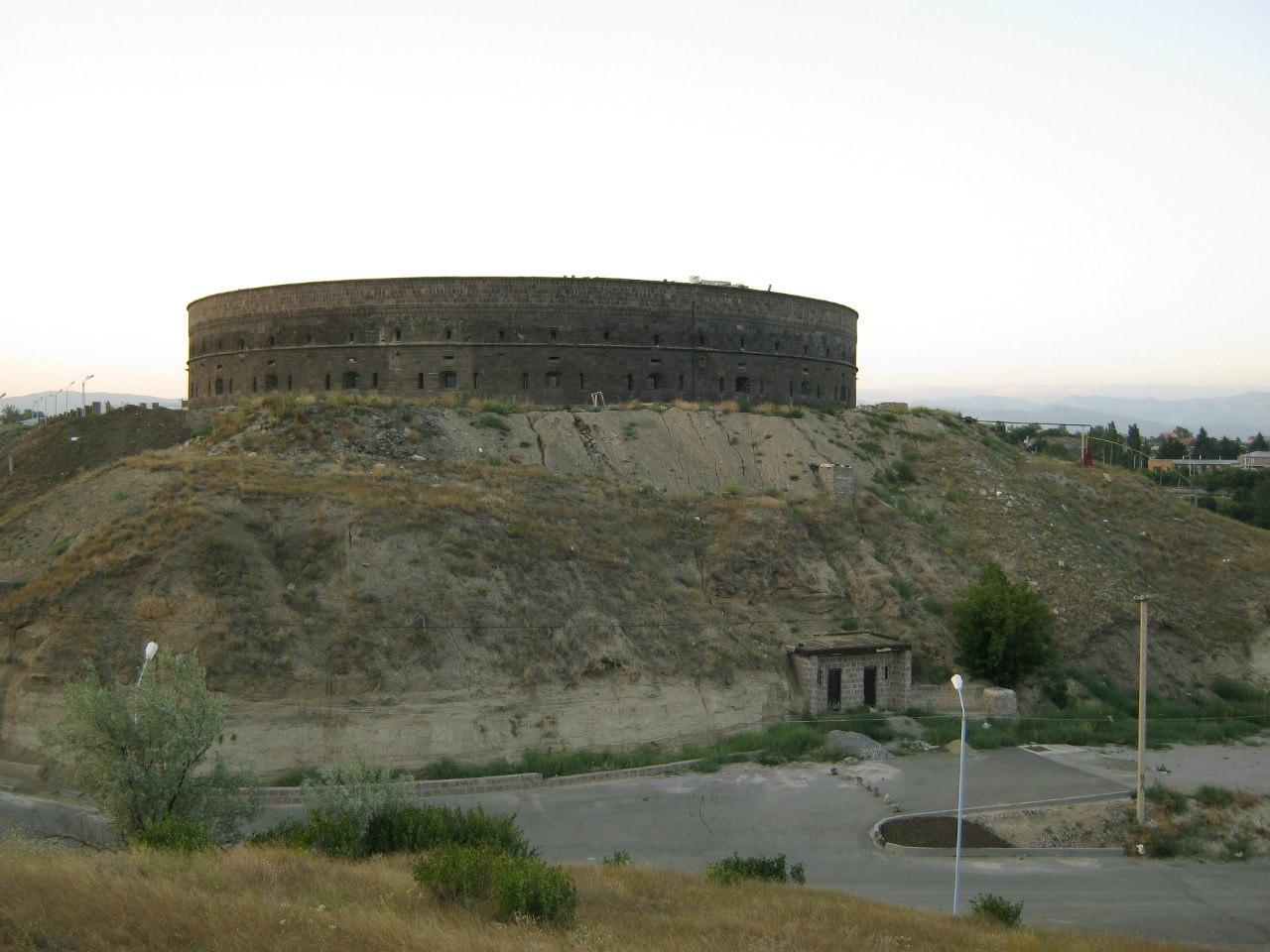 Чёрная крепость в Гюмри