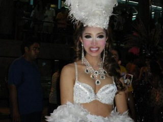 SEXY HOT LADYBOYs KATOEYs Transsexuals Transgende in Alcazar Pattaya / Альказар Трансы Паттая 2015