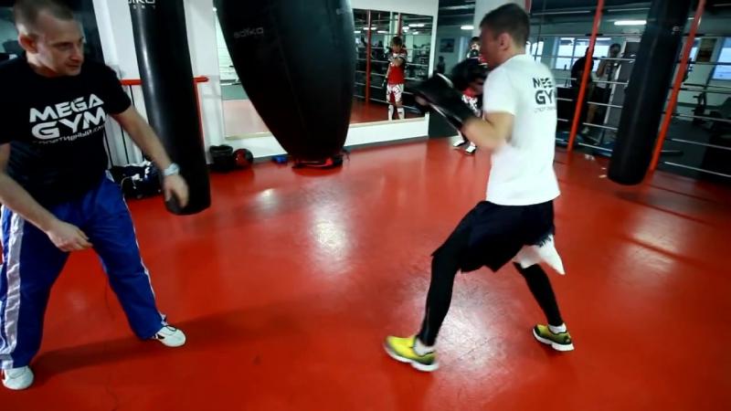 Бокс. Работа на боксерском мешке с Мартыновым Андреем
