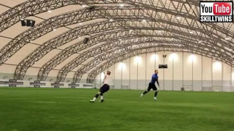 Vidmo_org_virtuozy_myacha_the_best_street_football_futsal_freestyle_skills_e