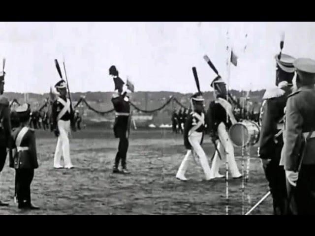 1913 г. Военный парад в Царском селе. Николай II и цесаревич Алексей