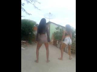 Bum bum granada meninas dançando funk