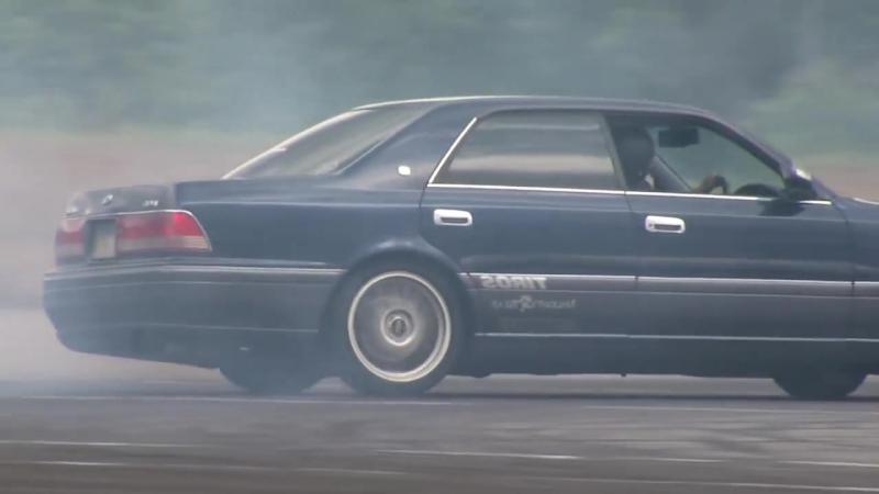 Toyota Crown Drift 3「クラウンでドリフト3」GY-HM700 ドリフト動画