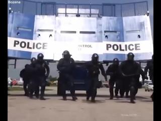 Bozena riot car [police bobcat] -машина для подавления беспорядков