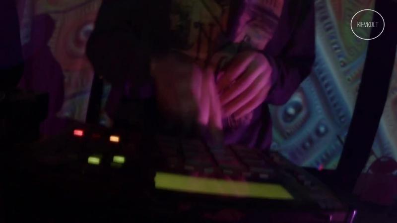 Potok Funka Finger Trips Dj Tamaryan live on JAH party in Kiev 27 11 2016