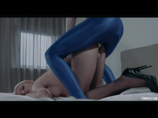 Bree haze in satin dress and pantyhose pounded by rossy bush
