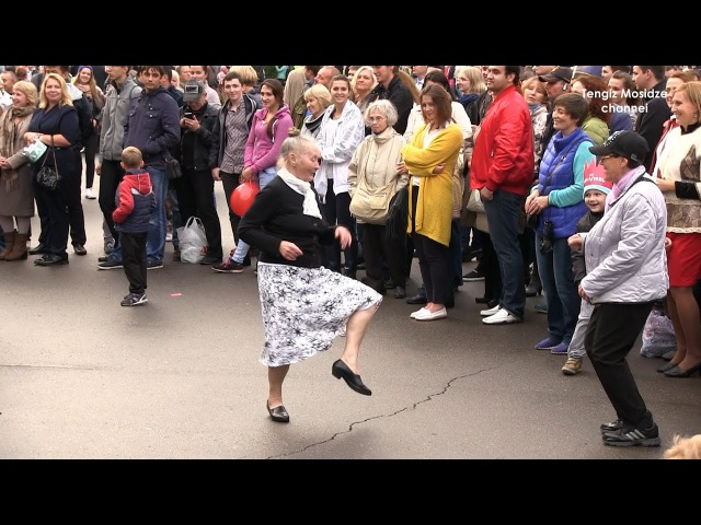 Real Russia Moscow Jazz Funny old ladies Джаз Москва Весёлые старушки