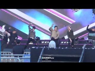 - FANCAM - 28-10-2016 Young, Wild & Free @  на Incheon Bridge Opening 7th Anniversary Smile Hope