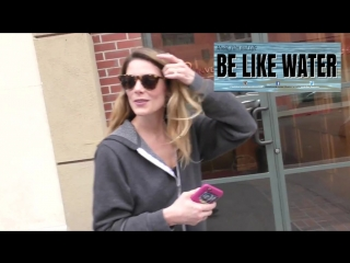 Twilight star, Ashley Greene doesnt miss the Single Life while a nail salon