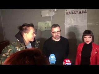 """Группа """"Дискотека авария"""" голосует в Симферополе"""