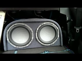 Fli trap twin 12 subs with renegade 1300 watt amp