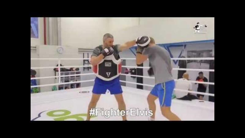 Тренировочное видео спарринга бокс по лапам 4 раунда по 3 минуты VLOG FighterElvis