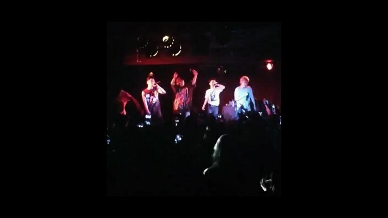 Fancam cuts 180416 Rockbottom Kidoh 2018 Live in Europe in London cr @ruixrai ig