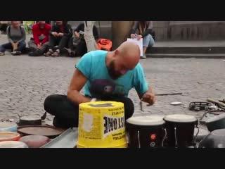 Amazing techno street drummer Dario Rossi