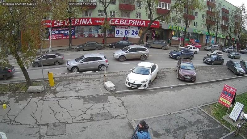 Пример дневного видео с камеры Optimus IP P012 1 4x D