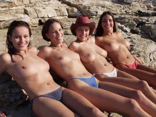 #Сваты4. #Девушка #напляже. #сиськи. #пляж. #нудисты. #Большие_сиськи. #топлес. #секс. #секс_на_пляже. #Крым. #Ялта. 2009. #Крым