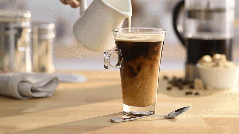хочется кофе с молоком гифка огромному опыту арабских