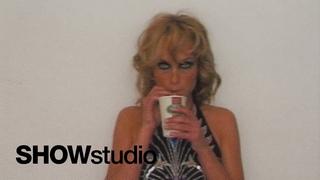 Amber Valletta: More Beautiful Women