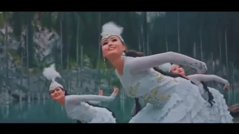Жан Сұлтан Қызыл өрік Kazakh singer Zhan Sultan