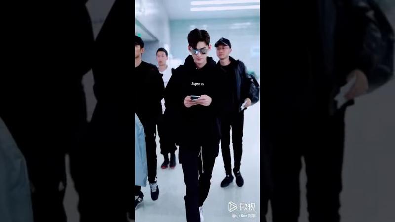 張翰💕上海✈太原..18-10-2019..At the Shanghai airport heading ✈to Taiyuan