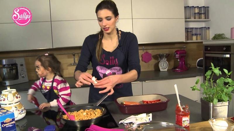 Spitzpaprika gefüllt mit Couscous aus dem Ofen