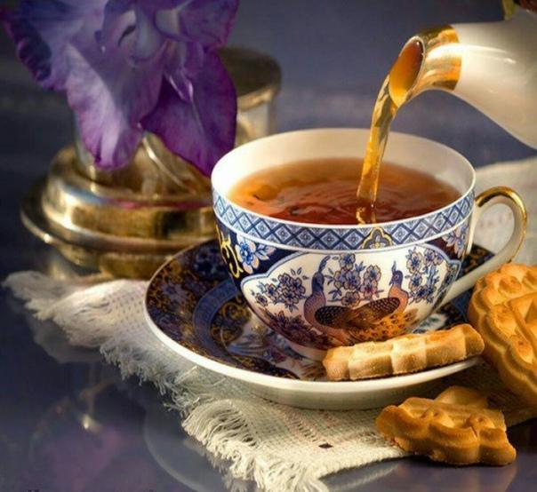 бумаге найти открытку с чашкой чая вот