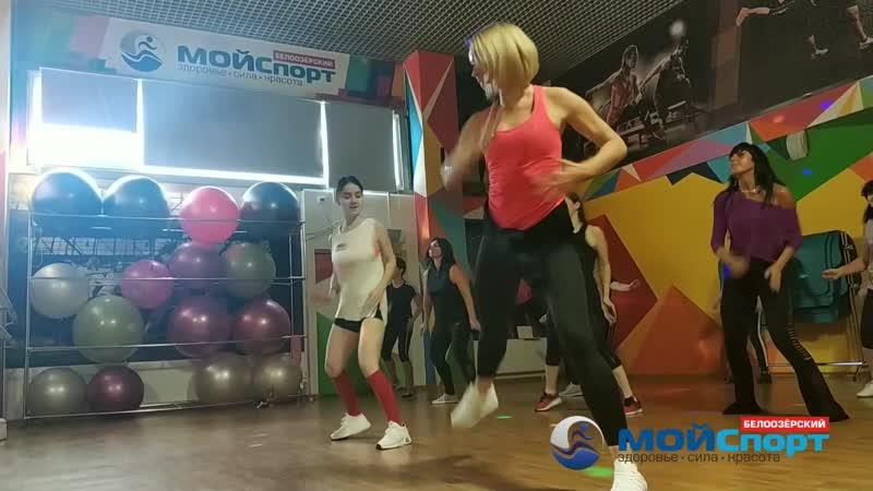 Художественная гимнастика с Кариной танцы с Ольгой и Алиной лотерея. День открытых дверей.