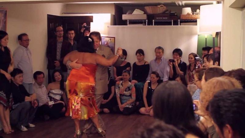 Villa Urquiza Japan Tour 2012 Tres Esquinas Tokyo