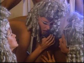 Anita Blond - Le 120 giornate di sodoma Sc.1