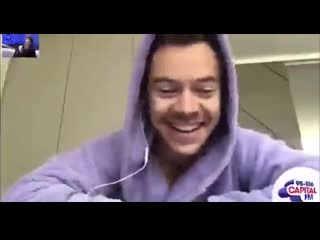 Harry talks about filming the lights up music video to capital fm.